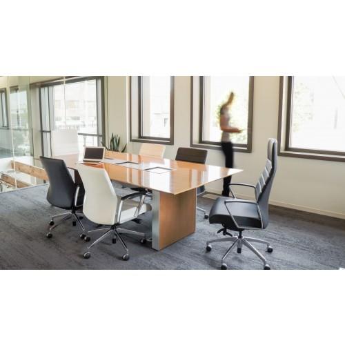 Svelte Office Chair