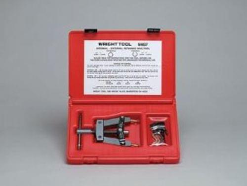 Retaining Ring Tool w/Automatic Lock-In Plastic Case